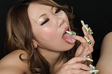 Aimi Takaoka Handjob