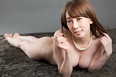 Aya Kisaki Handjob
