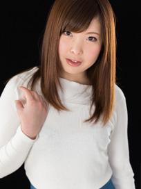 Maomi Yukina