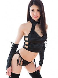 Ryo Makoto Handjob