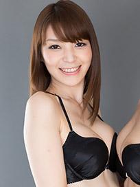 Sakura Aoi Handjob