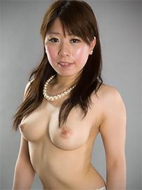 Ruru Sakurai Handjob