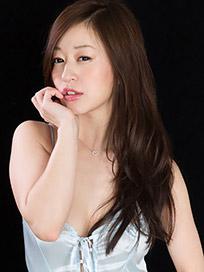 Maria Ono Handjob