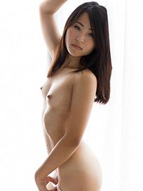 Mizuho Ariumi Handjob